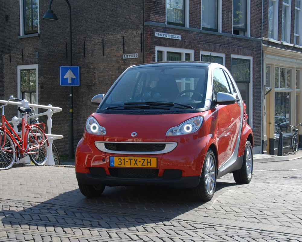 smart-fortwo-2007-2-coupe.jpg